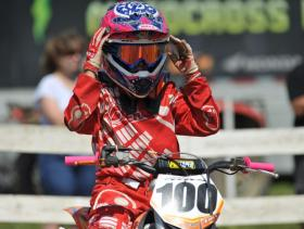 Brock Landry prepares for the 85cc 12-16 moto [1024x768]