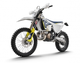 The 2018 Husqvarna TE 250i is a two-stroke with electronic fuel injection