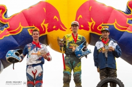 Photo Gallery - Red Bull Rocks and Logs