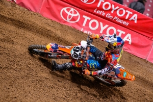 ROCZEN FINISHES 4TH AT ST. LOUIS SUPERCROSS