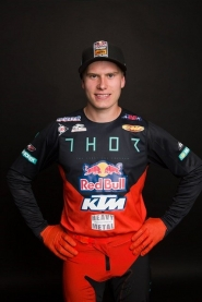 JESS PETTIS REPRESENTING THE KTM RED BULL THOR FACTORY RACE TEAM IN THE 2019 AMA SUPERCROSS