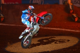 TLD's Seely Wins First-Ever 450SX Main Event