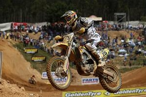 Clement Desalle recovered from a crash to earn a MX1 podium finish in the FIM Grand Prix of Portugal