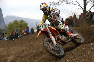HERLINGS TAKE OVERALL MX2 WIN IN TRENTINO
