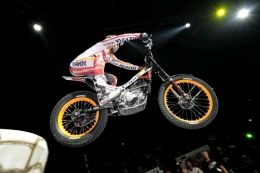 Toni Bou runner-up in Pau