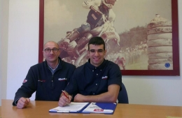 In photo Jorge Casales with Donato Miglio (team manager).