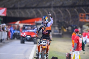 MUSQUIN TOPS 250 PODIUM IN DAYTONA; DUNGEY SECOND IN 450